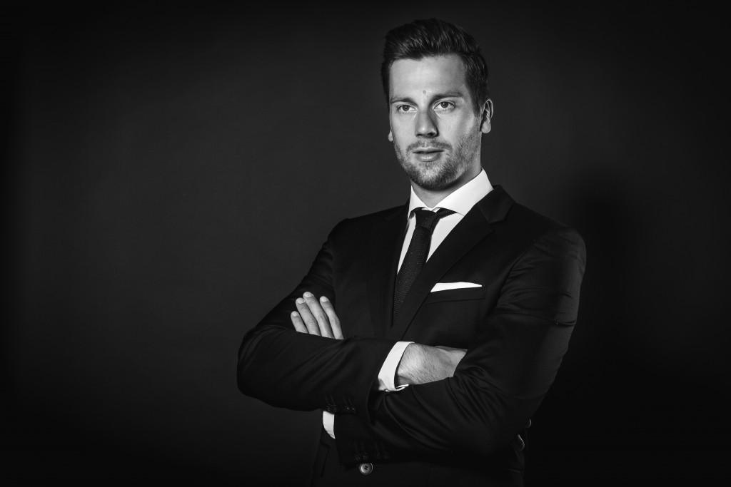 Lars Anzug SW (1 von 1)