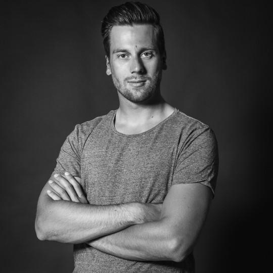 Lars TShirt Website SW (1 von 1)